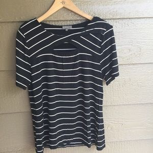 Vince Camuto striped Keyhole tunic style top